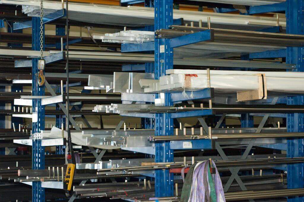 Centri-voorraad-opslag-materialen-aluminium-staal-metaal-rvs-messing-brons-kunstoffen-composieten